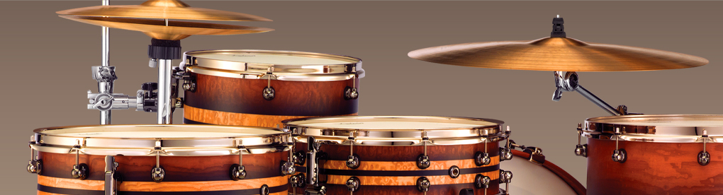 Pearl Masterworks Drum Kit with Exotic Maple Stripe Shell Finish and Chrome Plated Hardware