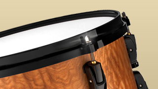 Pearl Masterworks Snare with Quilted Maple Gloss Shell Finish and Black Nickel Hardware
